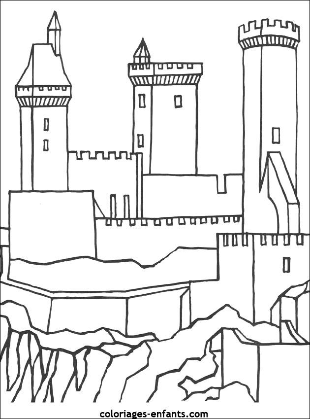 Coloriage Chateau De Chambord.28 Dessins De Coloriage Chateau Fort Imprimer Dessin De Chateau