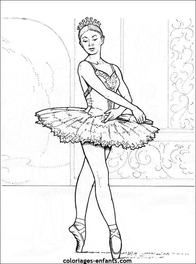 Coloriage de danse imprimer sur coloriages - Danseuse coloriage ...
