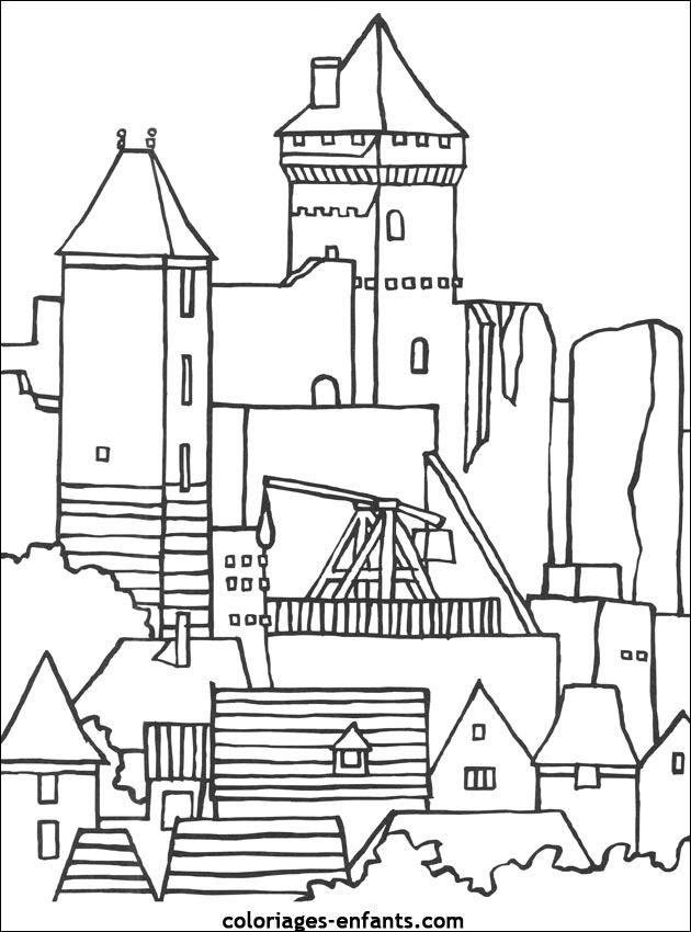 Coloriage Chateau Fort En Ligne.Le Chateau De Castelnaud A Colorier